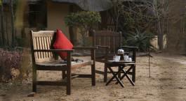 Frühstück im Freien im Kambaku Safari Lodge in Kruger, Südafrika