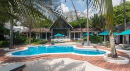 Pool at hotel Diani Blue in Kenyan Coast, Kenya