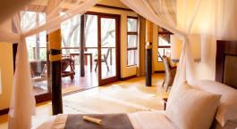 Enchanting Travels - Südafrika Reisen - Hluhuwe - Amakhosi Safari Lodge - Schlafzimmer