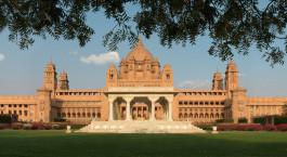 Fassade vom Umaid-Bhavan-Palast in Jodhpur, Indien