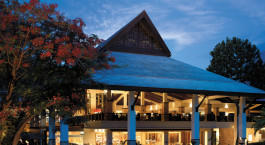 Außenansicht des Shangri La Rasa Ria Resort & Spa Hotel in Kota Kinabalu, Malaysia