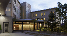 Exterior view of Hyatt Regency Hakone Resort and Spa in Hakone, Japan