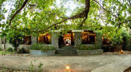 Bandhav Vilas Bandhavgarh India Tour