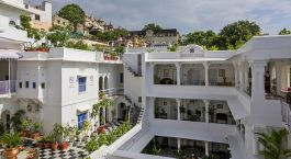 Jagat Niwas Palace Hotels in Jaipur India Tour with Enchanting Travels