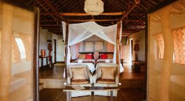 Twin bedroom at Nuarro Lodge Hotel in Memba Bay, Mosambique