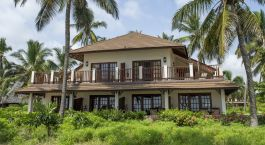 Enchanting Travels - Tansania Reisen - Sansibar - Breezes Beach Club & Spa - Außenansicht