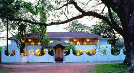 Evening at Malabar hotel in Cochin, South India
