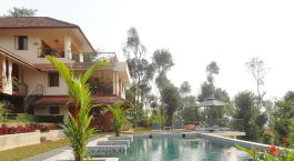 Enchanting-Travels-Asia-India-Kerala-Wayanad-Amaryllis-Pool