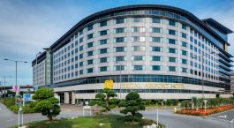 Enchanting Travels Hong Kong Tours Hong kong Hotels Regal Airport Hotel RAH_Cafe_buffetcounter1 (6)