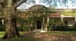 Außenansicht des Estancia El Ombu de Areco in Buenos Aires Province, Argentinien