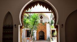 Innenhof des Raid Kalaa Hotels in Rabat, Marokko