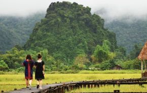 Vang Vieng Laos Tours Enchanting Travels (2)