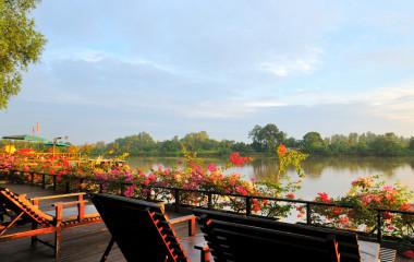 Enchanting Travels Asia Malaysia Kinabatangan - Abai Jungle Lodge - River facing sun deck 1600