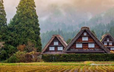 Enchanting Travels Japan Tours Traditional and Historical Japanese village Shirakawago in autumn season
