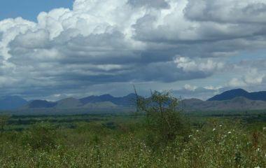 Atemberaubende Landschaften erwarten Sie auf Kenia Reisen in die Chyulu Hills