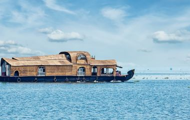 Kerala Tour with Enchanting Travels on Vembanad Lake