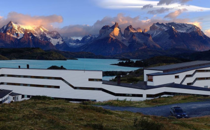 Explora Patagonias, Hotel am See