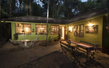 Garten im Hotel  Grassroots Wayanad, Südindien