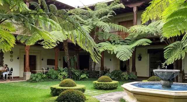 Enchanting Travels Guatemala Tours Antigua Hotels Palacio de Doña Leonor Courtyard 2