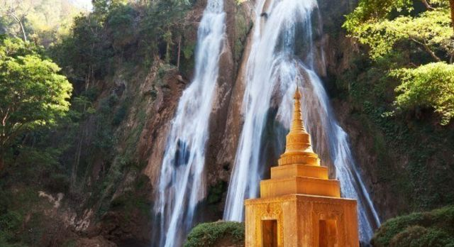 Anisakan Waterfall Myanmar (1)