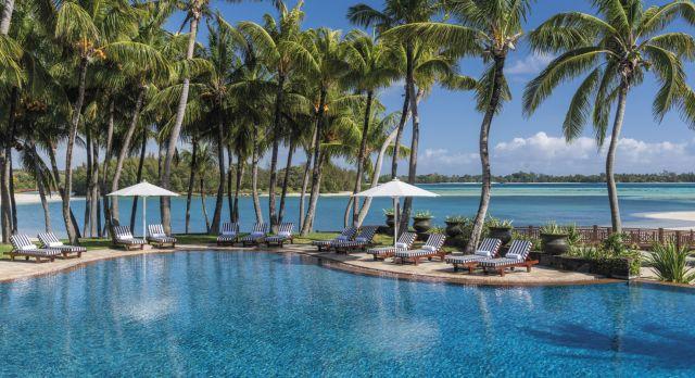 Pool des Shangri-La's Tuessrok Resort & Spa