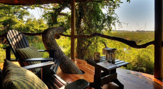 Sit out at Kanana Camp - luxury African safari