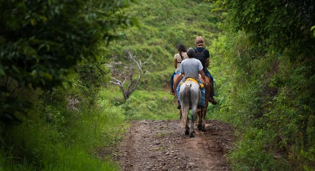 Horse riding in Monteverde Cloud Forests on a Costa Rica Vacation