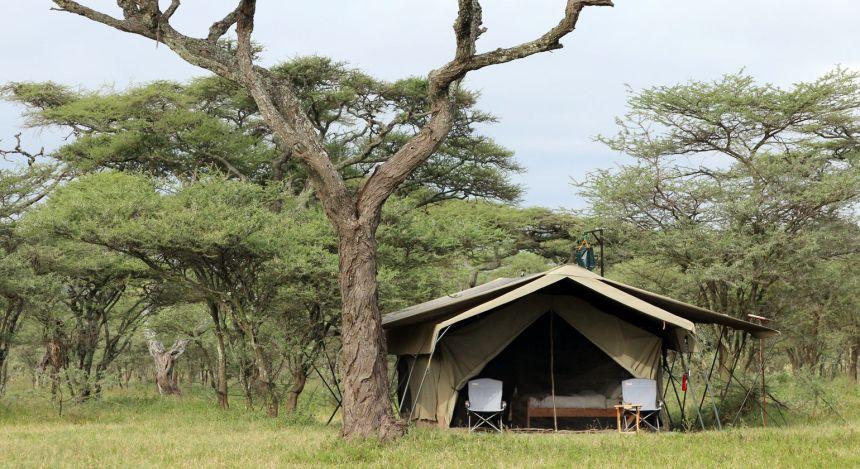 Enchanting-Travels---Tanzania-Tours---Serengeti-(Northern)---Serengeti-North-Wilderness-Camp---View-from-Outside