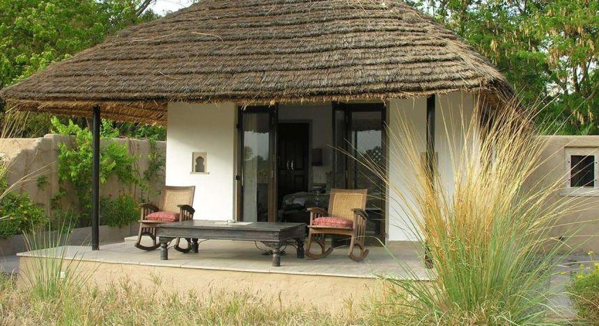 Enchanting Travels -Nordindien Reisen -Ranthambore - Khem Villas - Terasse
