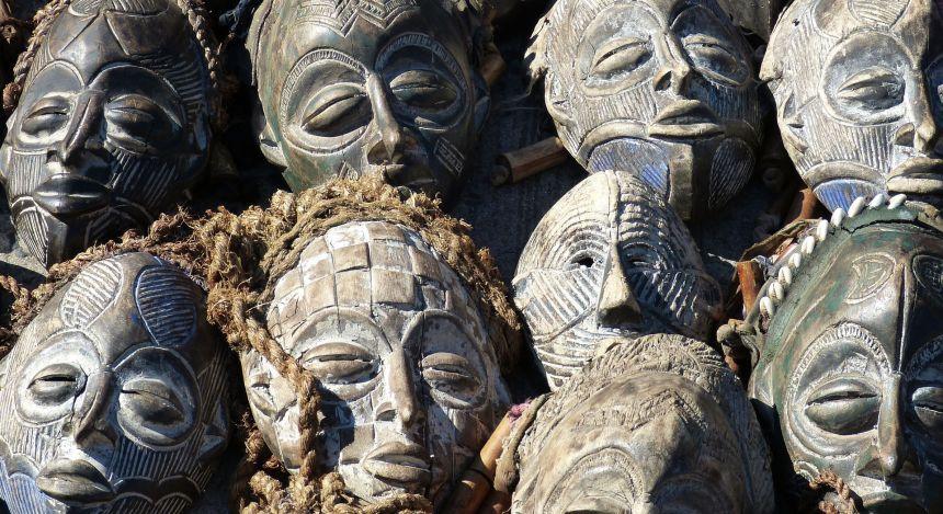 Traditionelle Masken in Südafrika