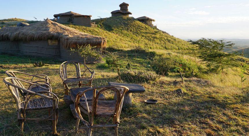 Enchanting Travels Tanzania Tours - West Kilimanjaro Hotels - Amini Masai Lodge - Essensbereich