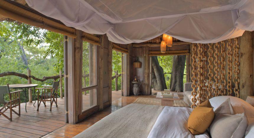 Schlafzimmer im  Lake Manyara Tree Lodge, Lake Manyara & Ngorongoro, Tansania