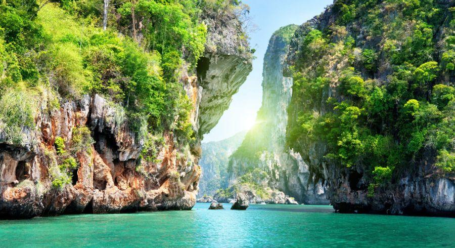 Beste Reisezeit Phuket - paradiesische Bucht