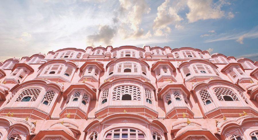 Highlight auf Indien Reisen ist der Palast der Winde in Jaipur