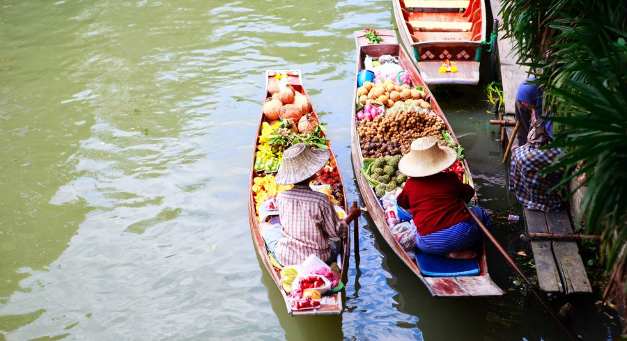 Besuchen Sie auf Senioren Bildungsreisen den schwimmenden Markt von Damnoen Saduak