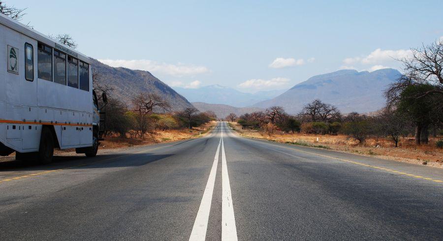 Straße in Tansania