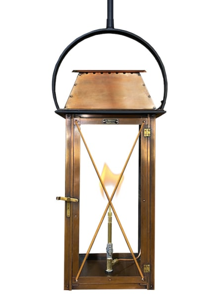 Carriage House wall lantern with Carriage scroll