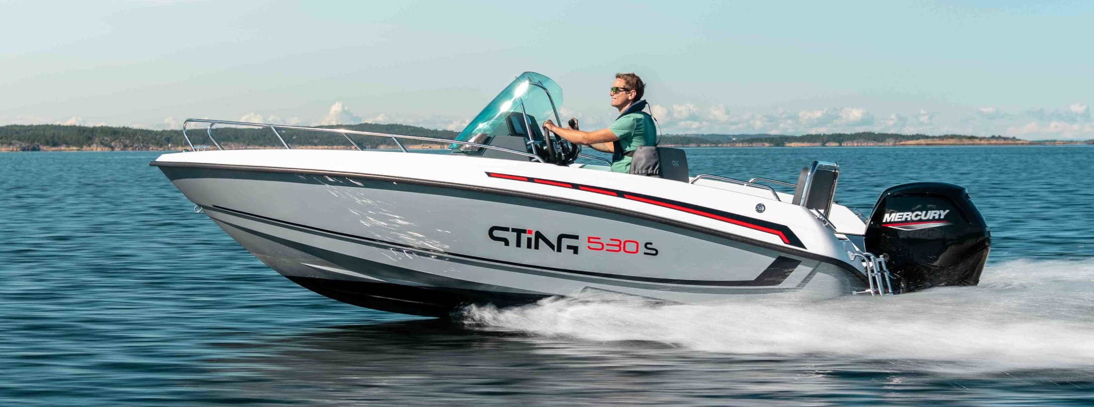 Sting 530 S Blackline at sea