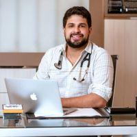 Dr. Lucas Mustafa