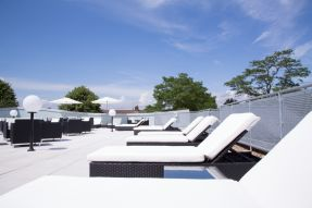 Terrace_1.jpg