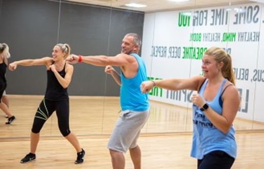 Boxing Boxercise in Bath Sports and Leisure Centre