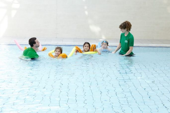 Swim_Lesson_-_Kids.jpg