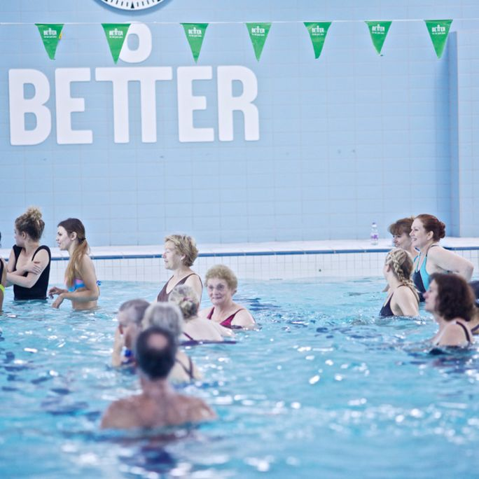 swimming pool full if people doing water workout class