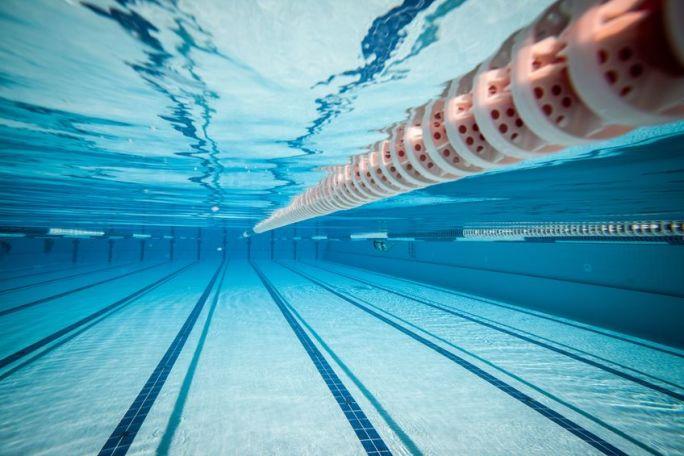 Under_water_Swimming.jpg
