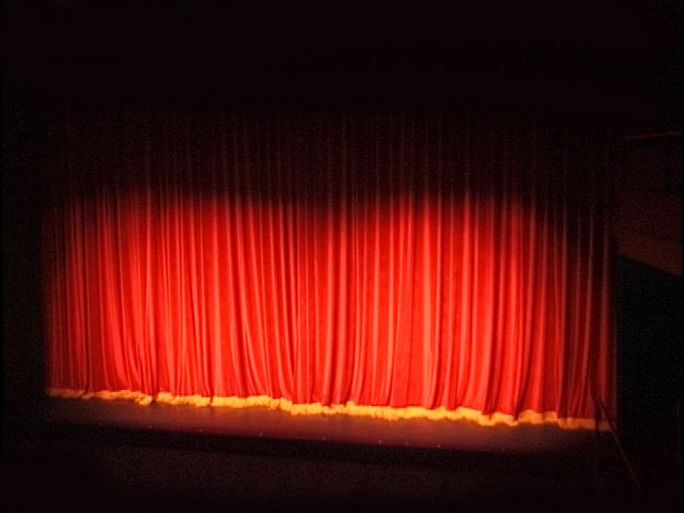 theatre-curtain-1470081-640x480.jpg