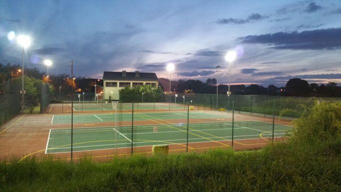 Nightime_courts.JPG