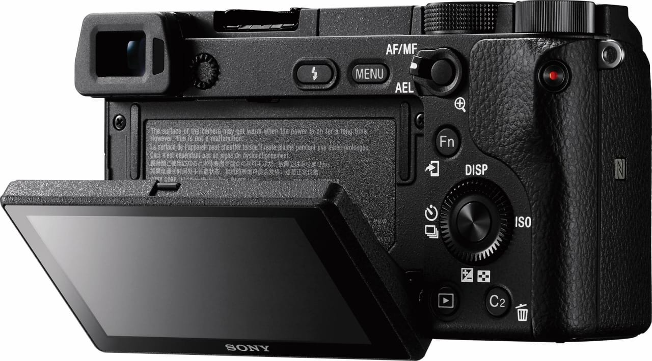 Black Sony Alpha 6400 kit 16-50 mm.4