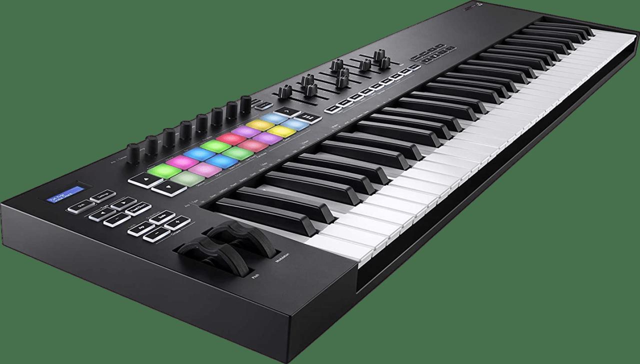 Black Novation Launchkey 61 MK3 USB MIDI keyboard.3