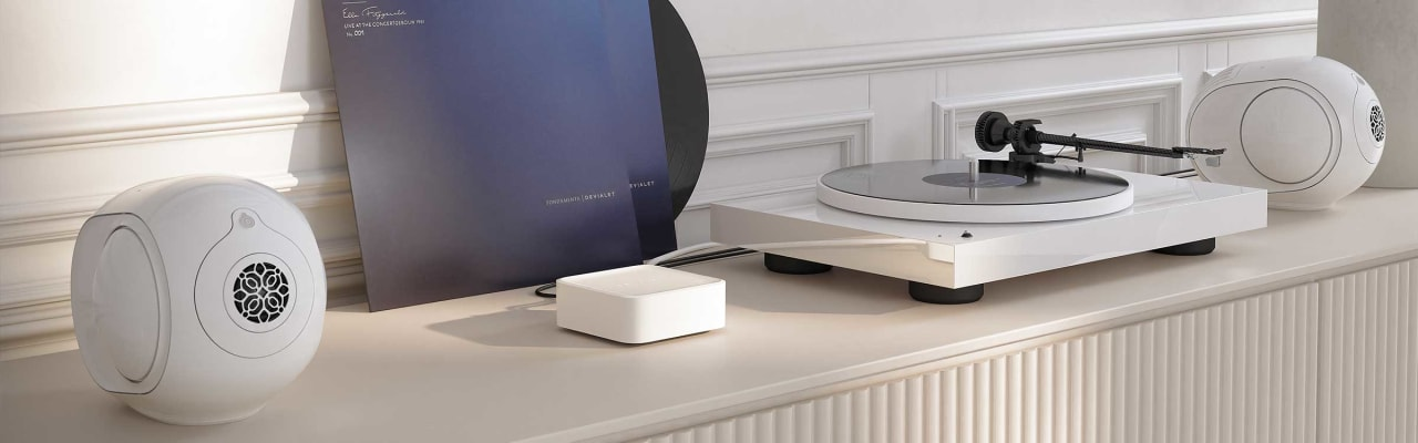 Iconic White Devialet Arch High-End Quality Phono Stage.5