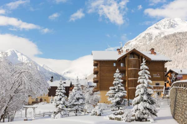 Hotel Amerikan,Copper Face Jacks Ski Trip